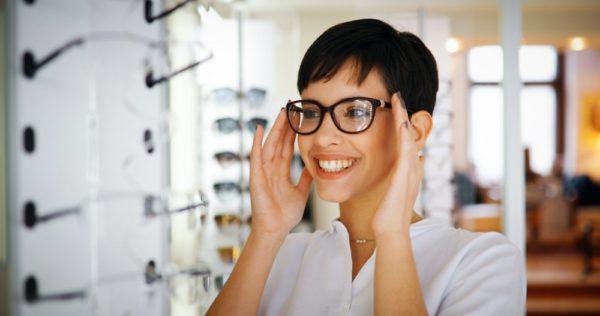 Fatigue oculaire : porter des lunettes de repos